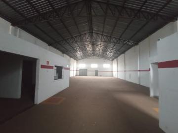 Alugar Comercial / Galpao / Barracao em Ribeirão Preto. apenas R$ 3.300,00