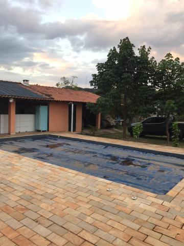 Alugar Casas / Chácara em Serra Azul. apenas R$ 290.000,00