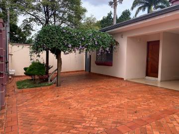 Alugar Casas / Padrão em Ribeirão Preto. apenas R$ 3.800,00