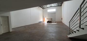 Alugar Comercial / Galpao / Barracao em Ribeirão Preto. apenas R$ 4.500,00