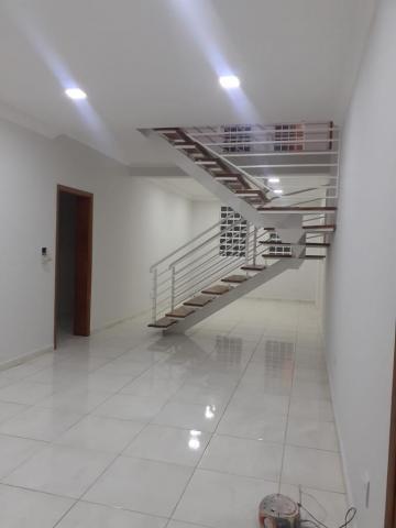 Alugar Casas / Padrão em Ribeirão Preto. apenas R$ 2.300,00