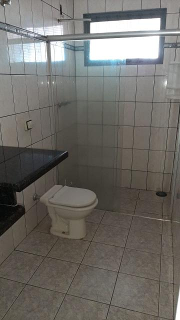 Alugar Casas / Padrão em Ribeirão Preto R$ 1.100,00 - Foto 15