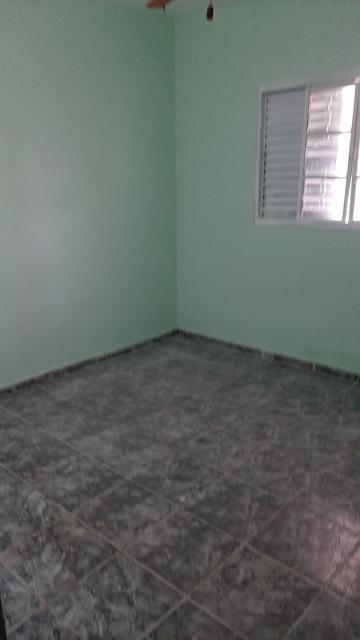 Alugar Casas / Padrão em Ribeirão Preto R$ 1.100,00 - Foto 14