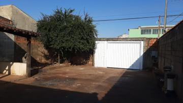 Alugar Casas / Padrão em Ribeirão Preto R$ 1.100,00 - Foto 5
